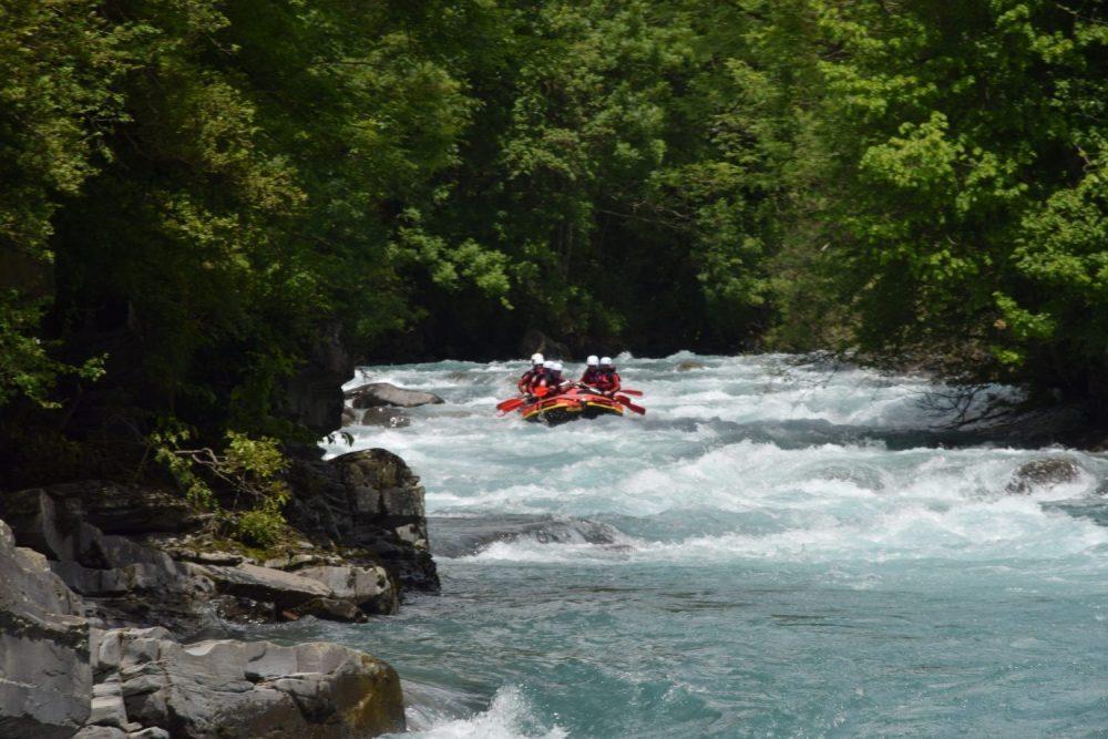 Fluss Rafting Ara