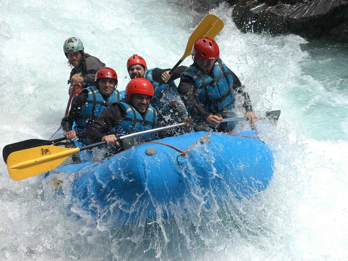 Descent Rafting Rio Ara