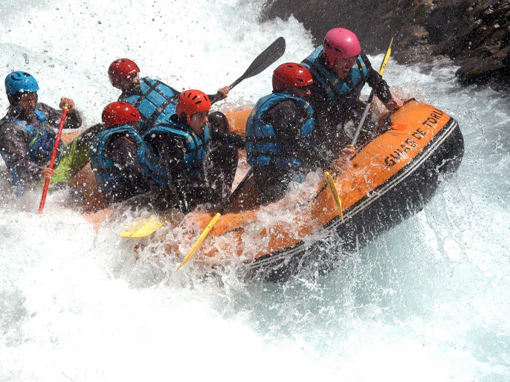 Rafting en el Rio Ara