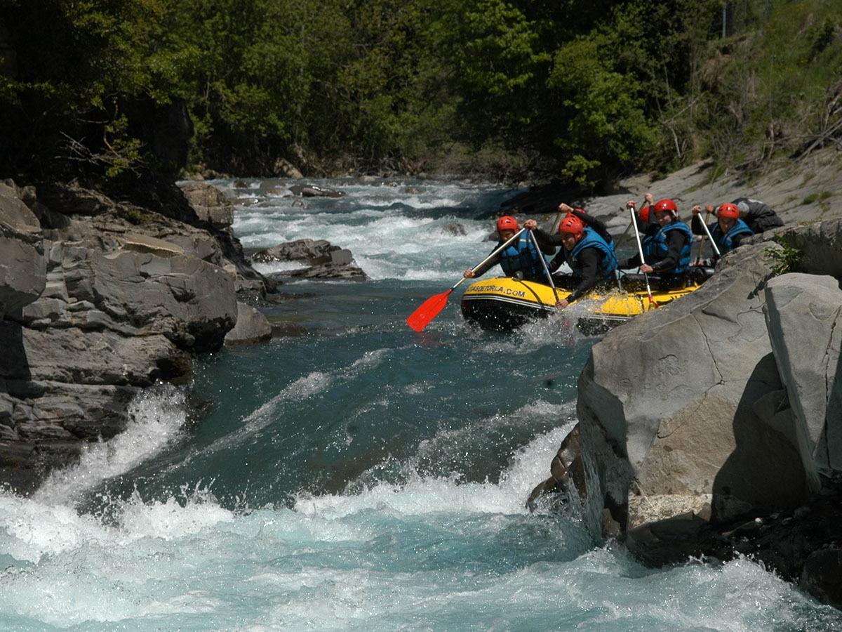 Rafting guiado Rio Ara el Pirineo