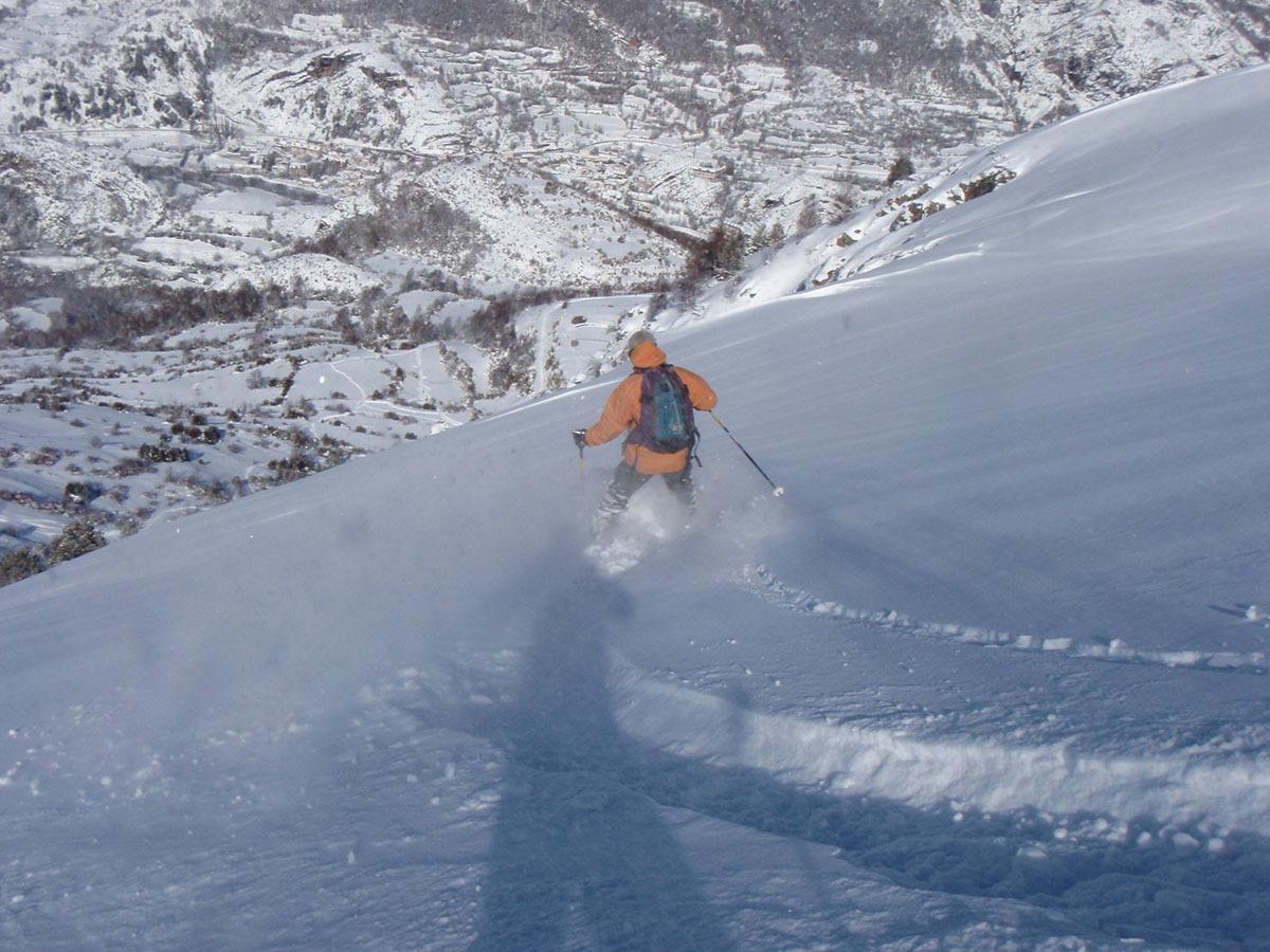 alpine skiing course freeride el pirineo