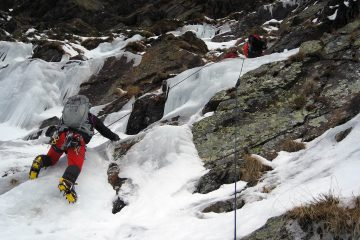 Course mountaineering guides torla