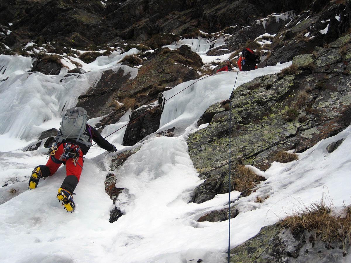 curso perfeccionamiento alpinismo guias de torla