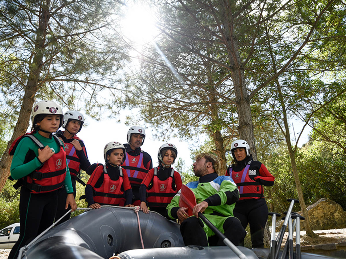 Family Rafting Rio Gallego Murillo