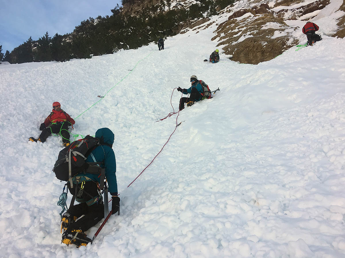 mountaineering courses torla guides