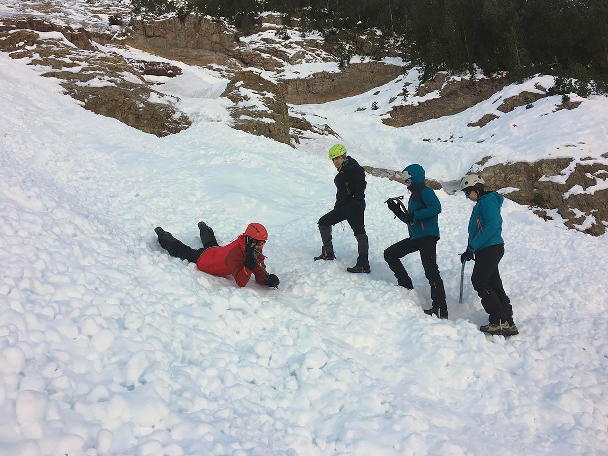 cursos de alpinismo pirineo aragones