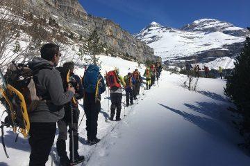 raquetas de nieve en Pirineos