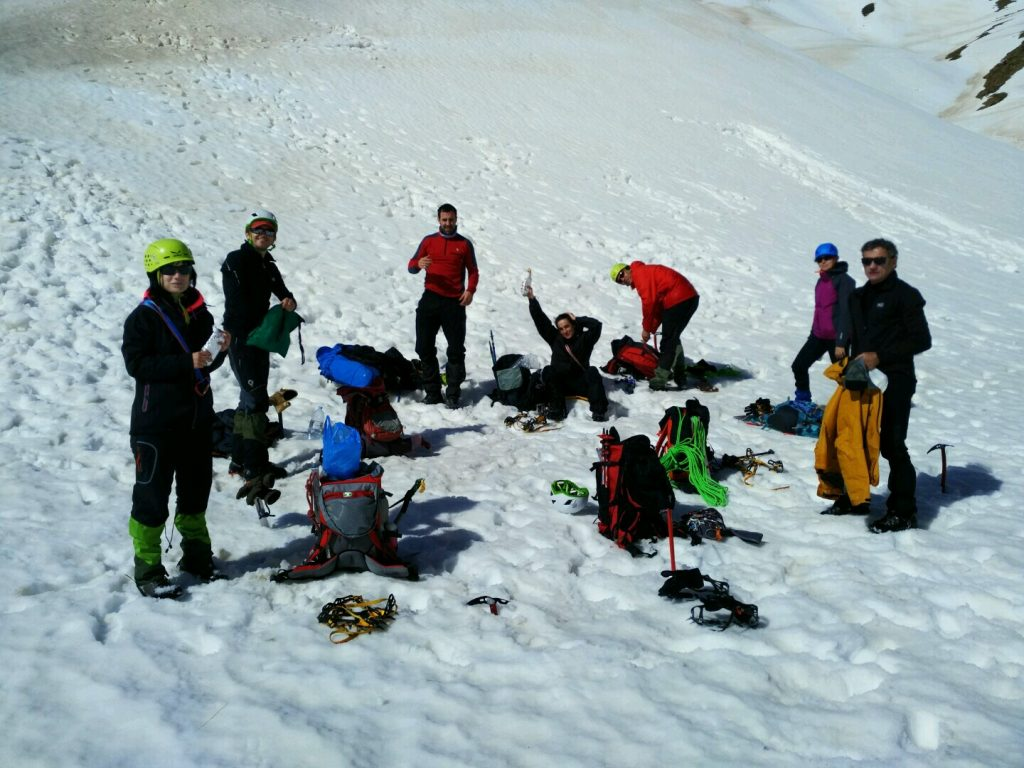 mountaineering courses in Pyrenees