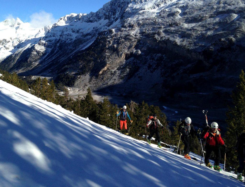 curso esqui de montana o travesia en reyes